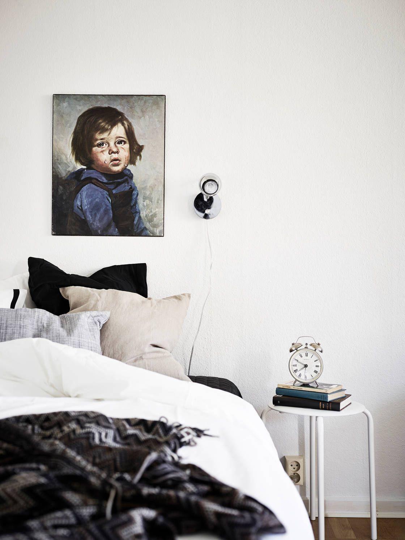 White walls let art pop and loving the black u white textiles on