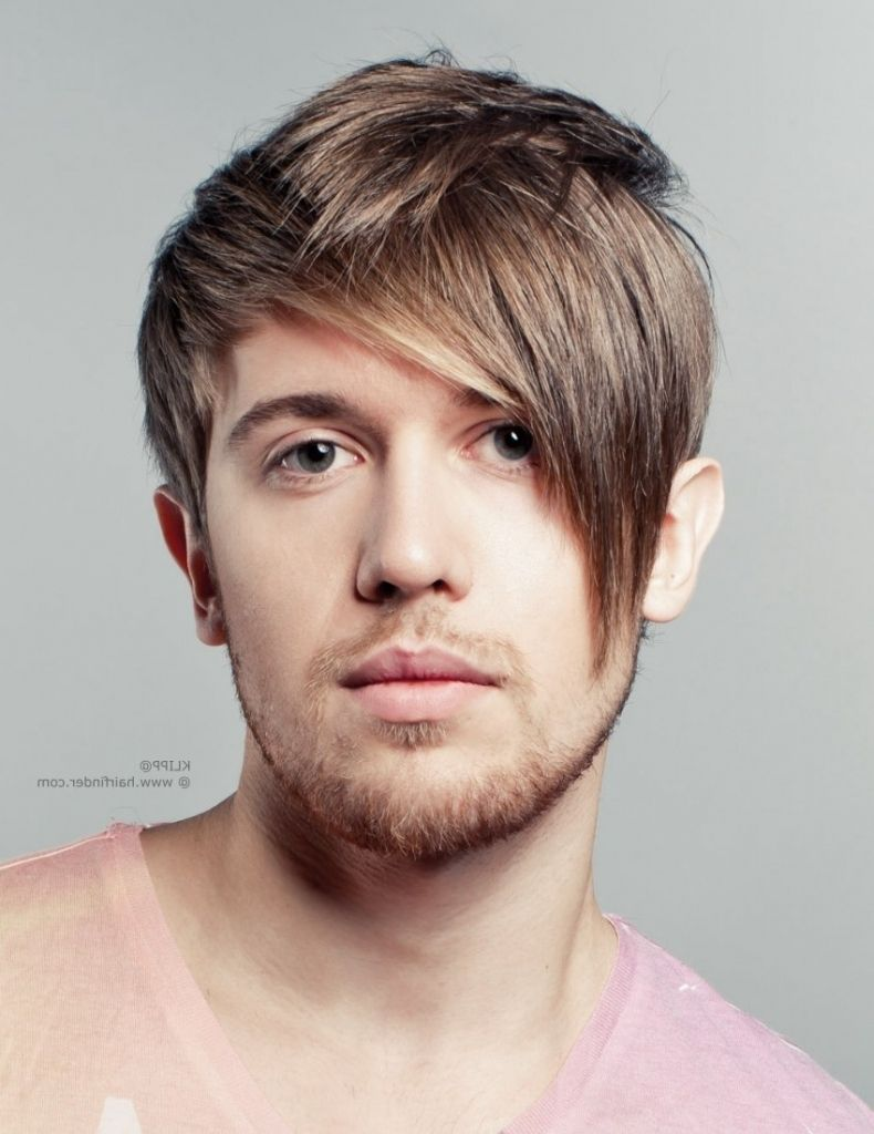 asymmetrical haircut men short sporty and low maintenance hair for