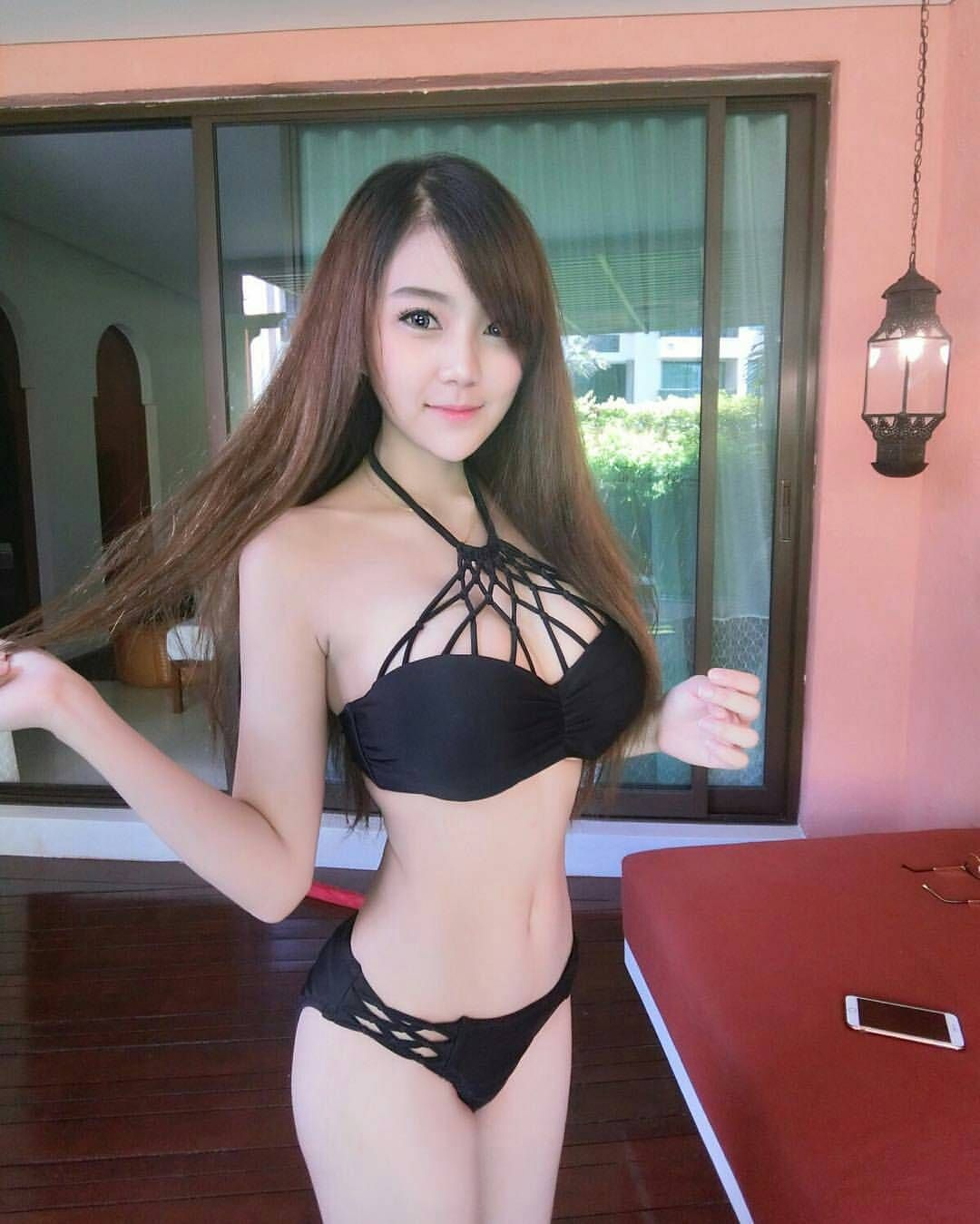 Idol bikini girl photos — photo 9