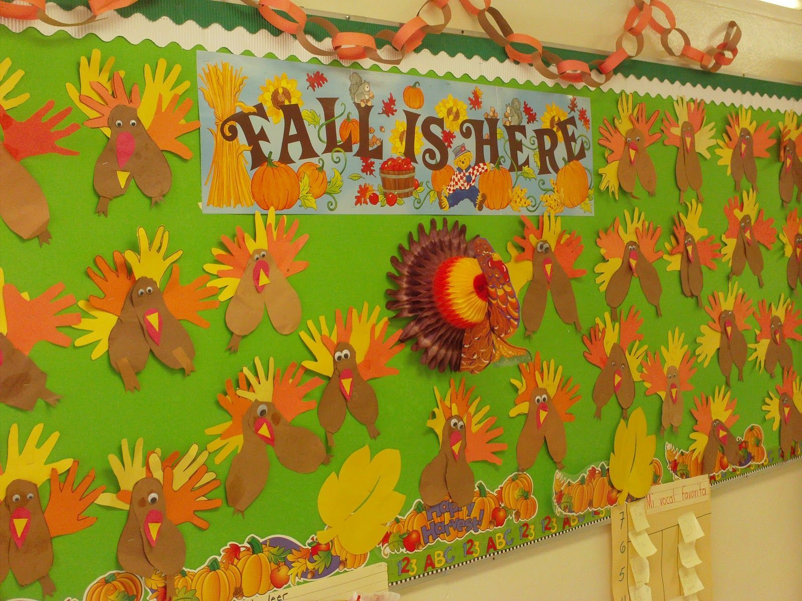 December Bulletin Boards | minichargers: Pre Kinder November Bulletin Board #novemberbulletinboards December Bulletin Boards | minichargers: Pre Kinder November Bulletin Board #novemberbulletinboards