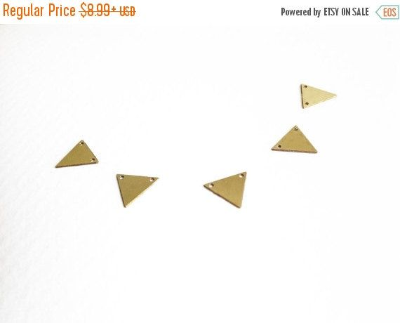 New to GoldieSupplies on Etsy: SALE 10 Pc - Small Brass Triangle Charm Gold Triangle Geometric Jewelry Laser Cut Charms Exclusive at Goldie Supplies (7.19 USD)