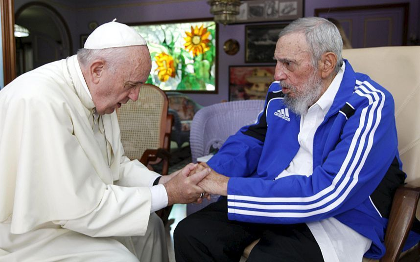 Pope Francis meets with Fidel Castro during four-day tour of Cuba, in pictures #cubanleader Pope Francis and Fidel Castro had a half-hour meeting in Havana on Sunday at the former Cuban leader's home. The Vatican described the meeting at Castro's residence as informal and familial, with an exchange of books and discussion about big issues facing humanity, including Francis' recent encyclical on the environment and the global economic system #cubanleader Pope Francis meets with Fidel Castro durin #cubanleader