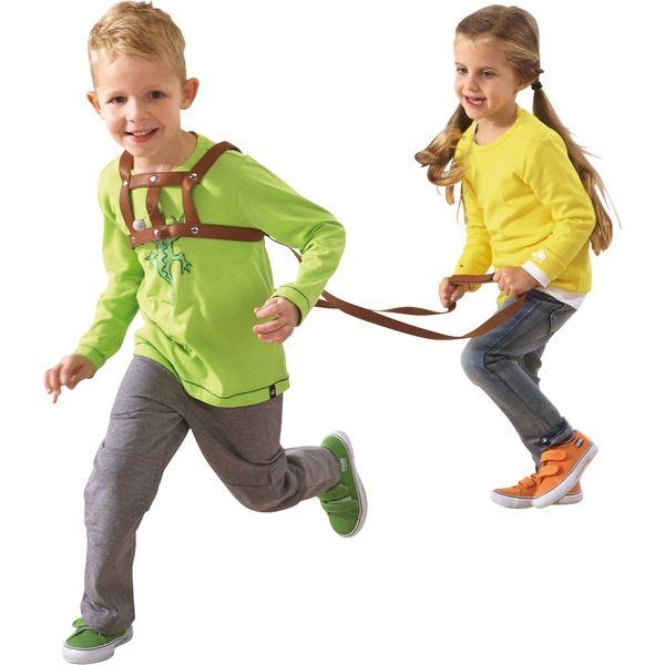 Kinder Die Mit Der Pferdeleine Spielen Pferdegeschirr Horsie