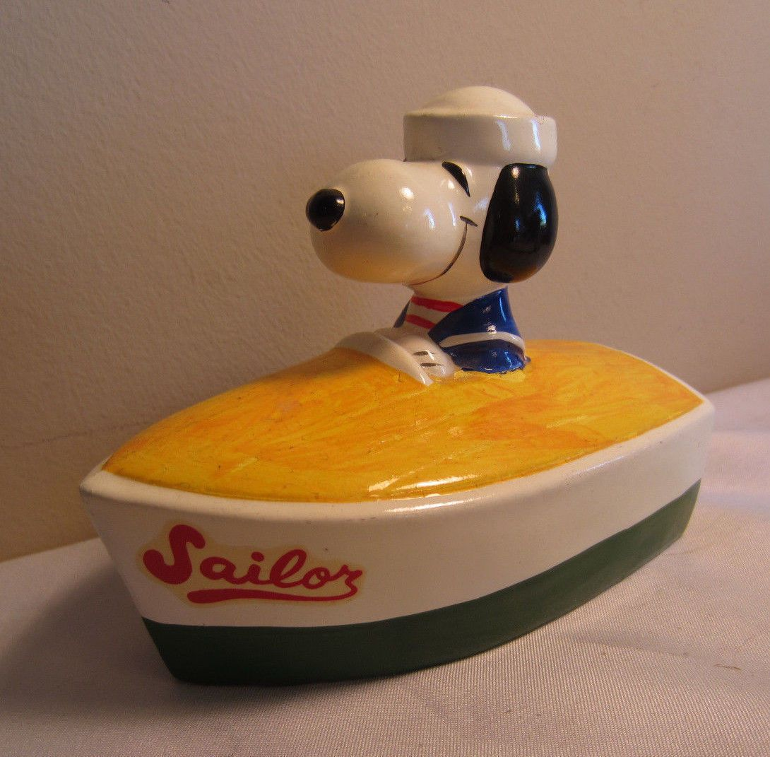 Vintage Rare 1966 1958 United Feature Syndicate Snoopy Peanuts Papier Mache Bank Snoopy Peanuts Collectibles Snoopy Love