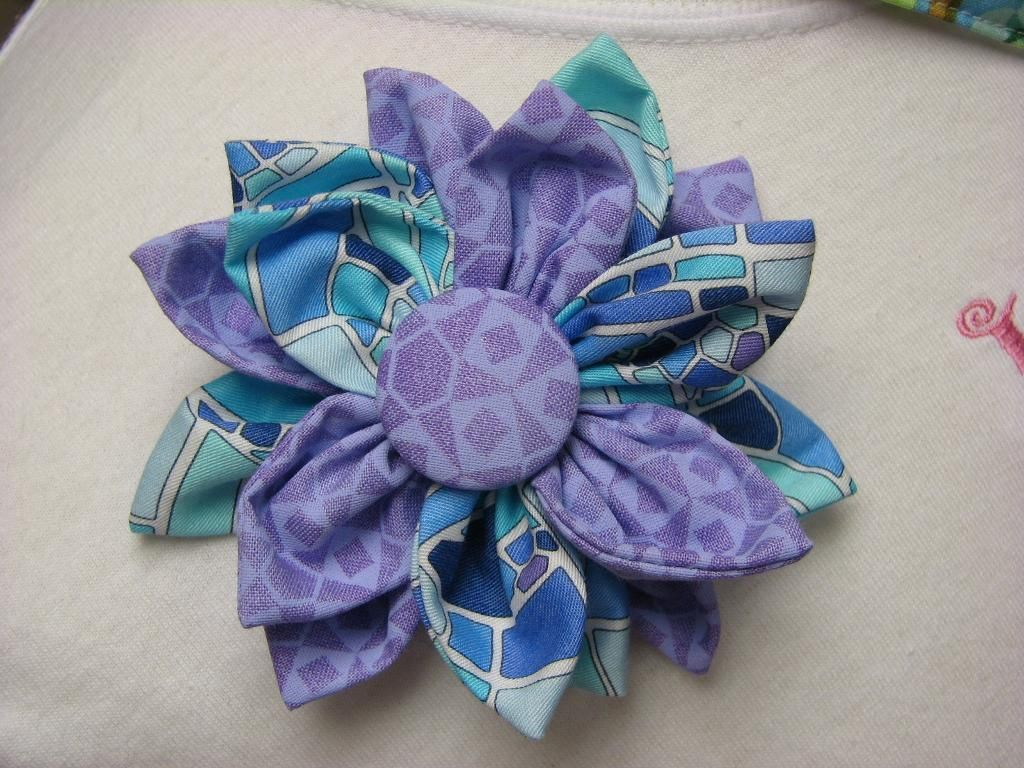 Fabric flower via craftsy good ideas pinterest fabric you have to see fabric flower on craftsy looking for sewing project inspiration check out fabric flower by member ms jeuxipadfo Choice Image
