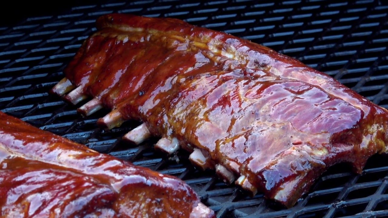 Check Out The Difference Between Competition Bbq Ribs And Backyard Style Both Look Awesome To Me Matadorprimesteak Com Steak Delivery Bbq