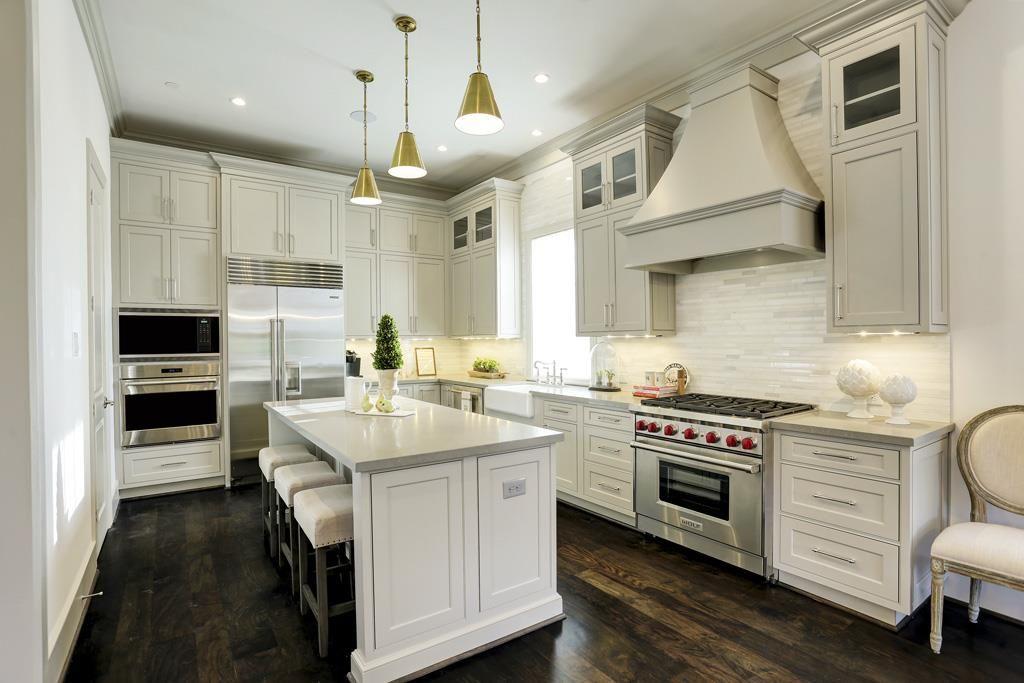 2405 Mimosa Lane Houston, TX 77019 Photo The Island kitchen in
