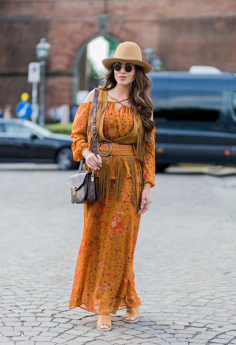 0a44958a8ab1 60 Gorgeous Bohemian-Chic Winter Outfits to Copy This Season | Your ...