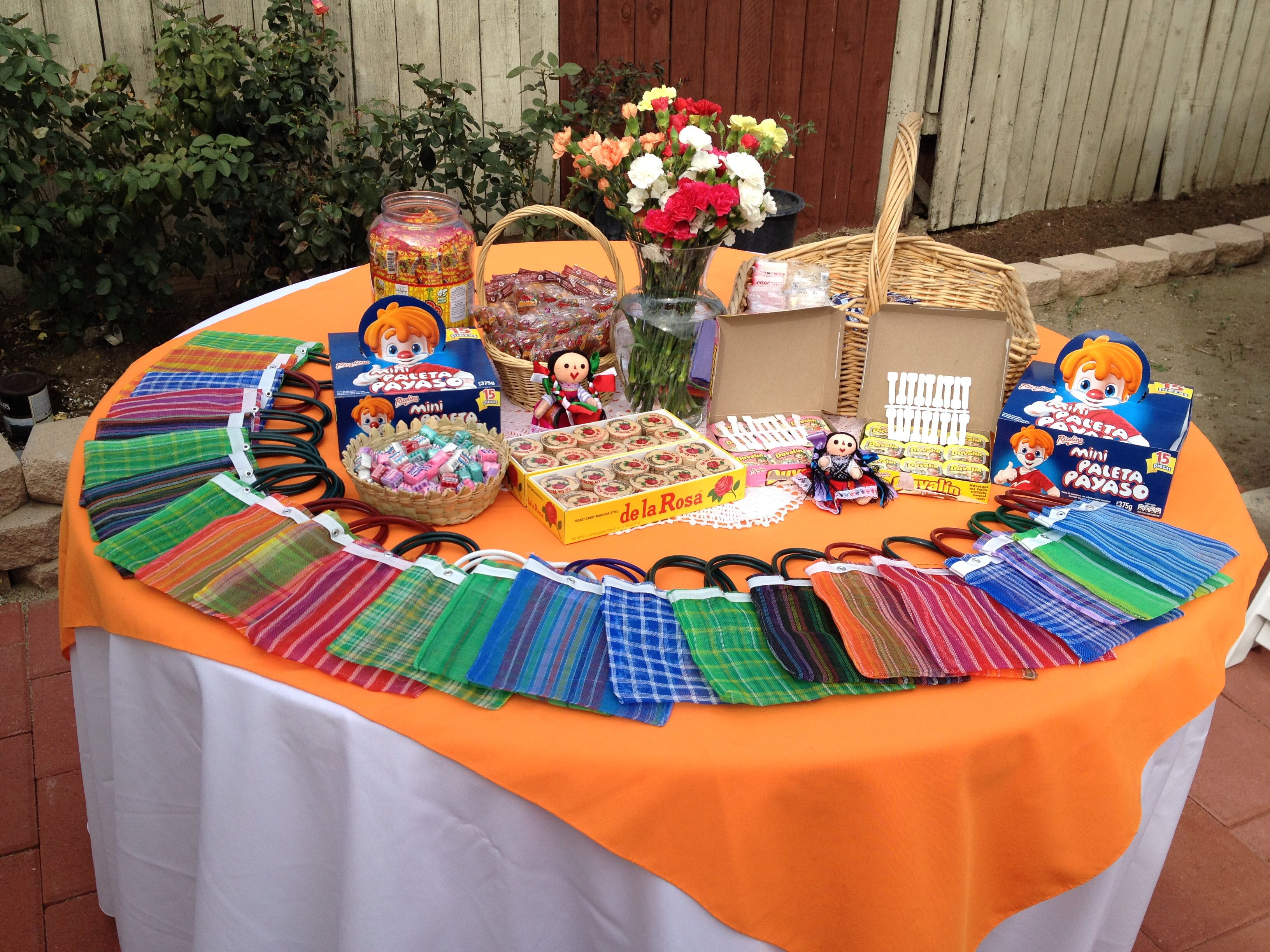 Table decorations for mexican dinner - Mexican Candy Table