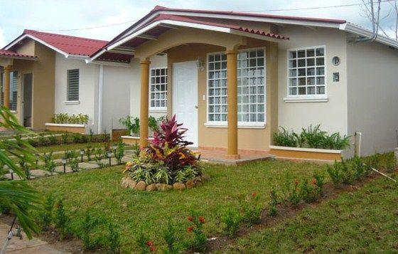 Fachadas de casas peque as con jardin delantero patios - Jardines de casas pequenas ...