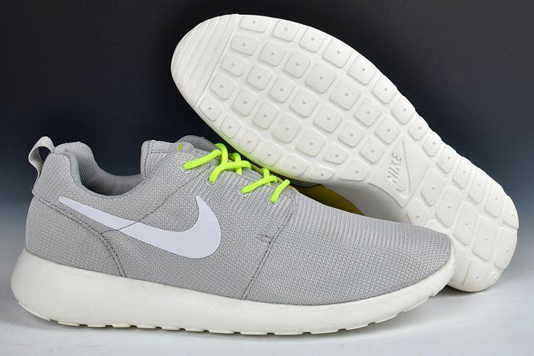 Buy Nike Roshe Run Junior Knitting Mens Silver White Shoes New from  Reliable Nike Roshe Run Junior Knitting Mens Silver White Shoes New  suppliers.