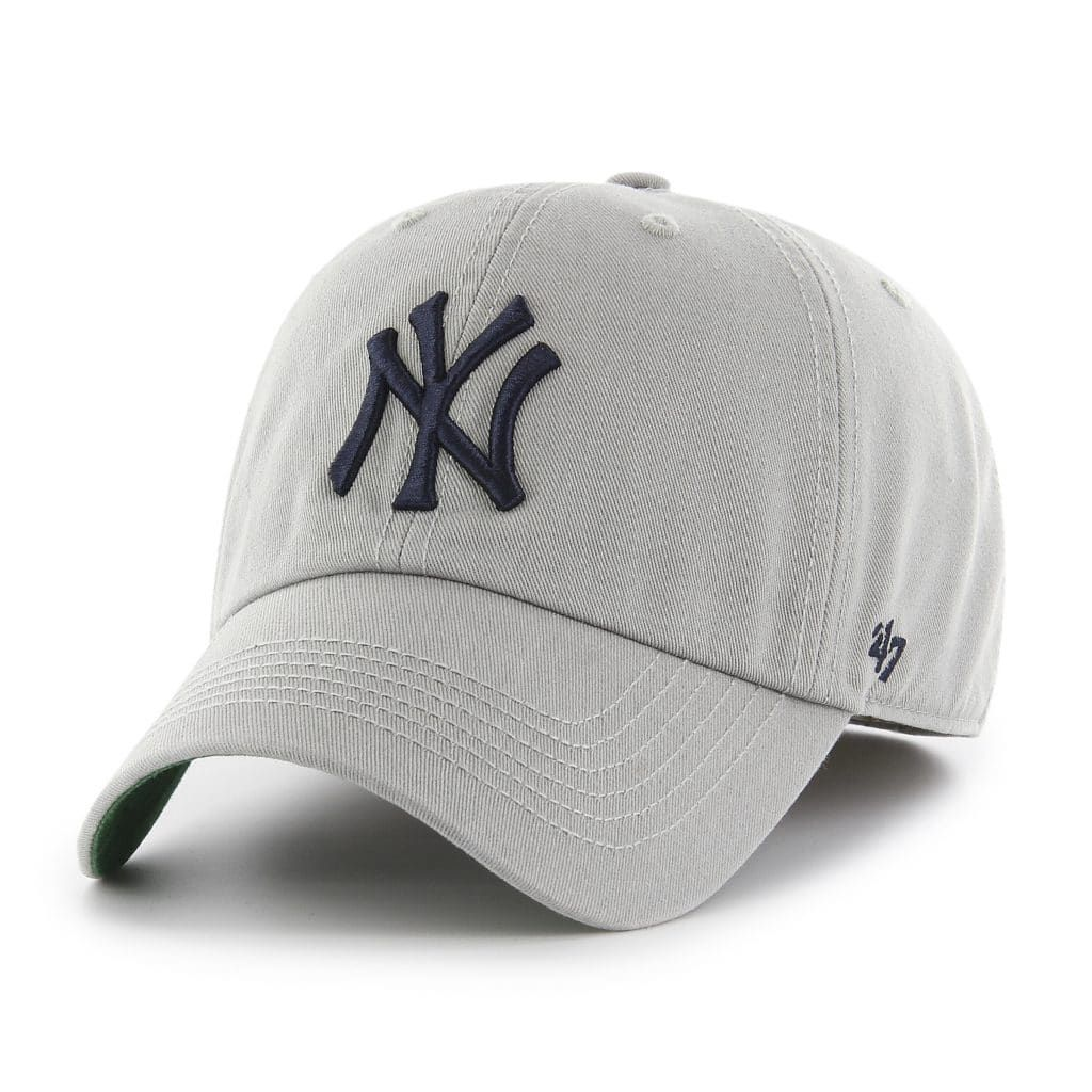 new style 0a035 84a3a New York Yankees 47 Brand Franchise Gray Navy Logo Fitted Hat