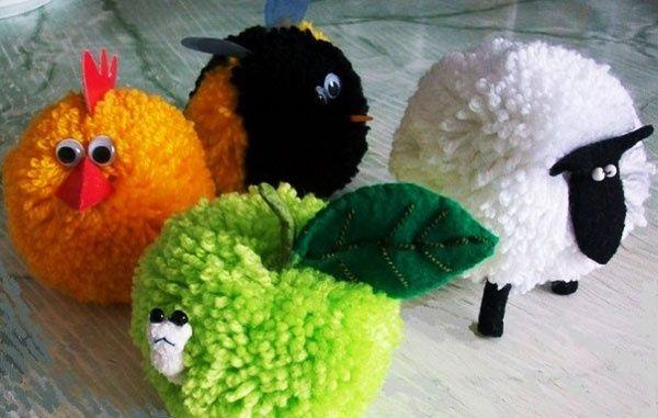 Yarn crafts: Pompon Animals