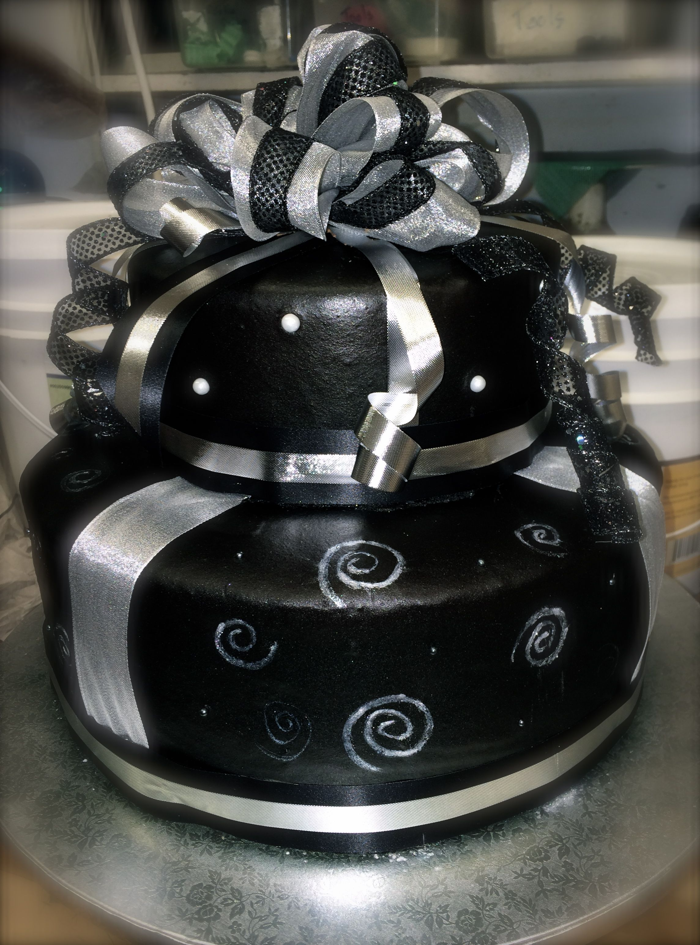 Black And Silver Birthday Cake Annie S Cakes Pinterest