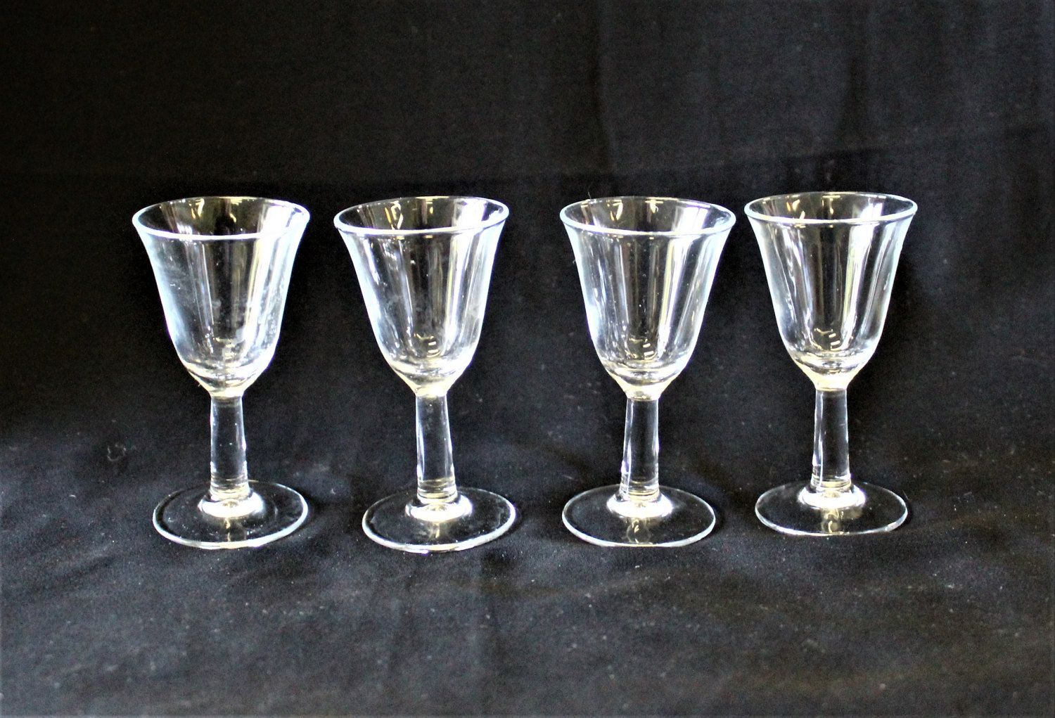 Cute Glassware Vintage Set Of 4 Clear Fluted Cordial Glasses Sherry