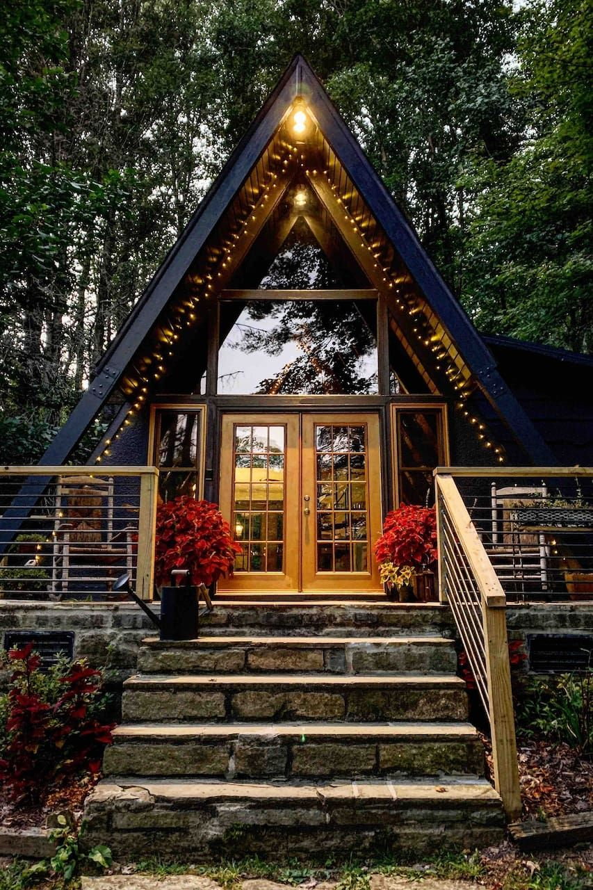 Enchanting Frame Your Romantic Getaway Awaits Chalets For Rent In Banner Elk North Carolina United Stat In 2020 A Frame House A Frame Cabin House In The Woods