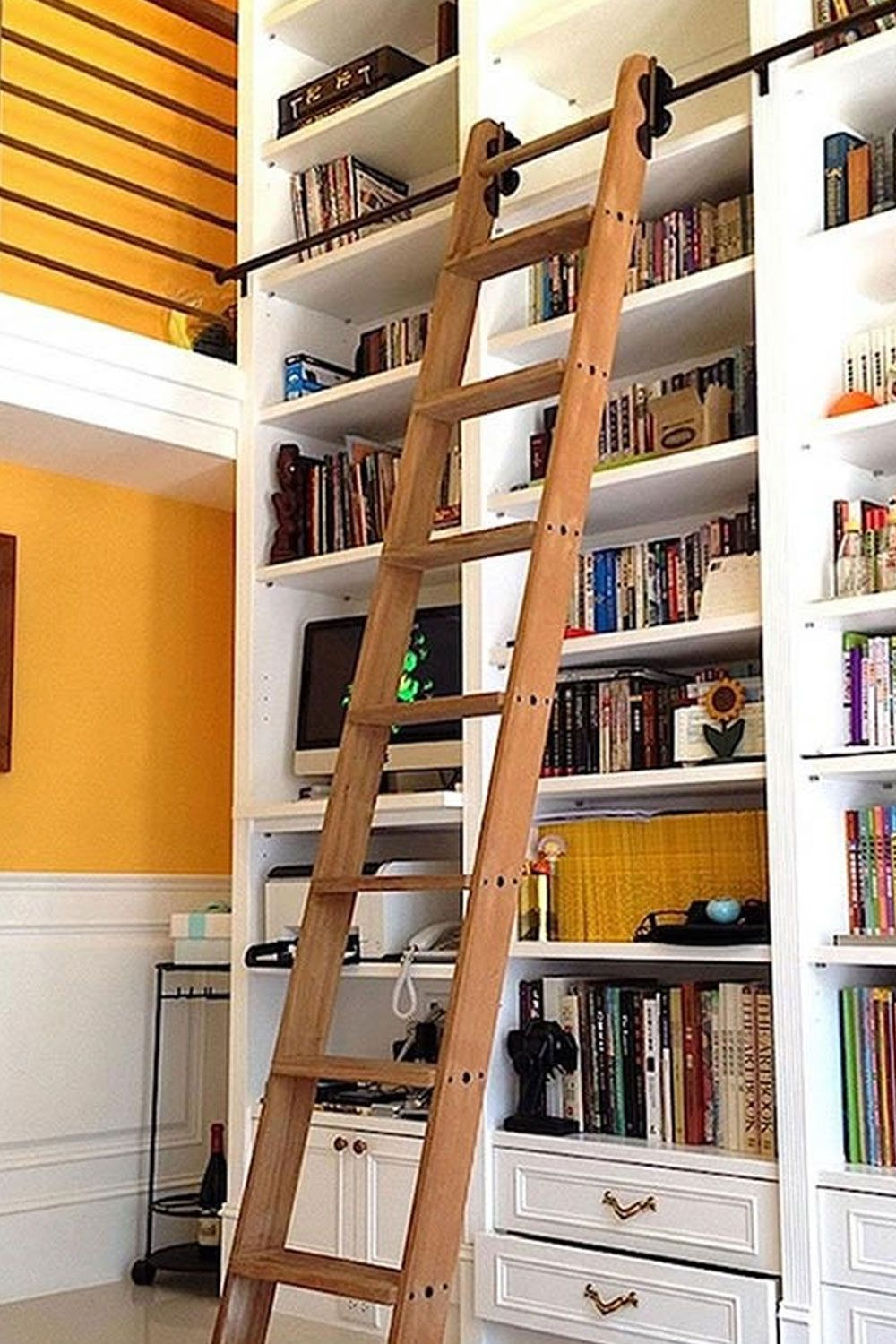 Rolling Library Ladder Kits In 2020 Library Ladder Rolling Ladder Retail Shelving