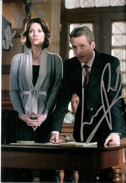 Linus Roache And Alana De La Garza As Mike Cutter And Connie