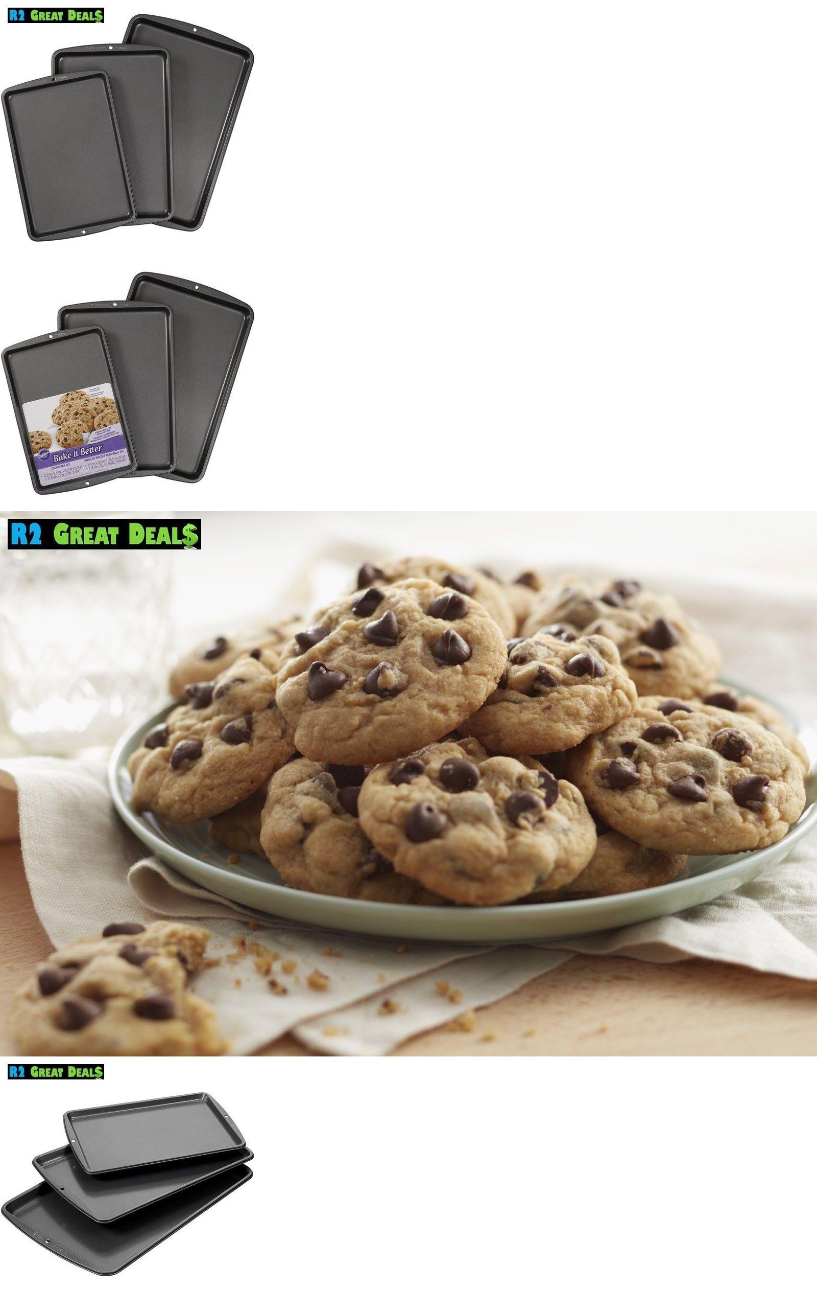 Bakeware 25464 Wilton Bake It Better 3 Piece Cookie Sheet Pan Set