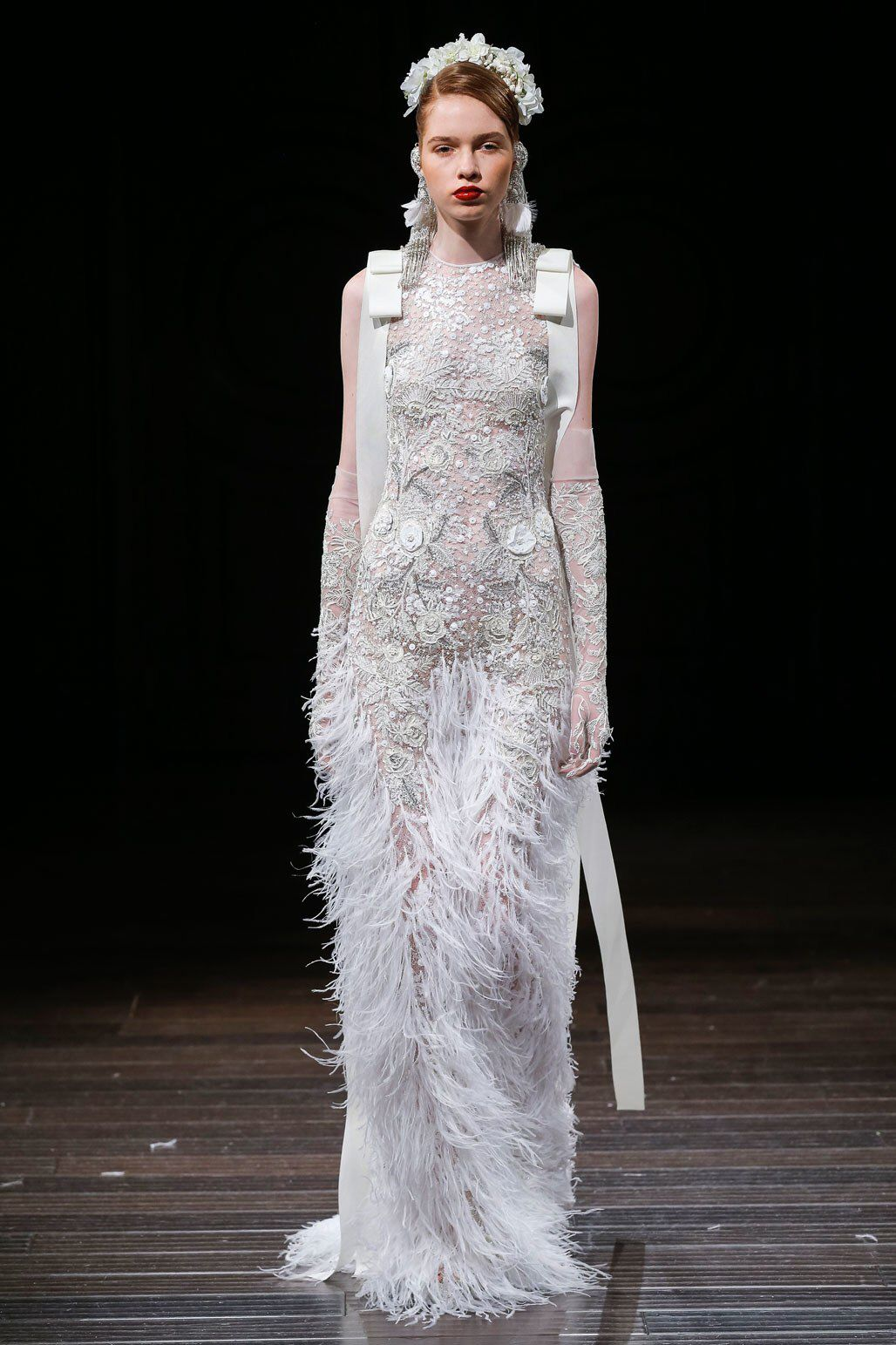Naeem khan bridal fall fashion show collection designer