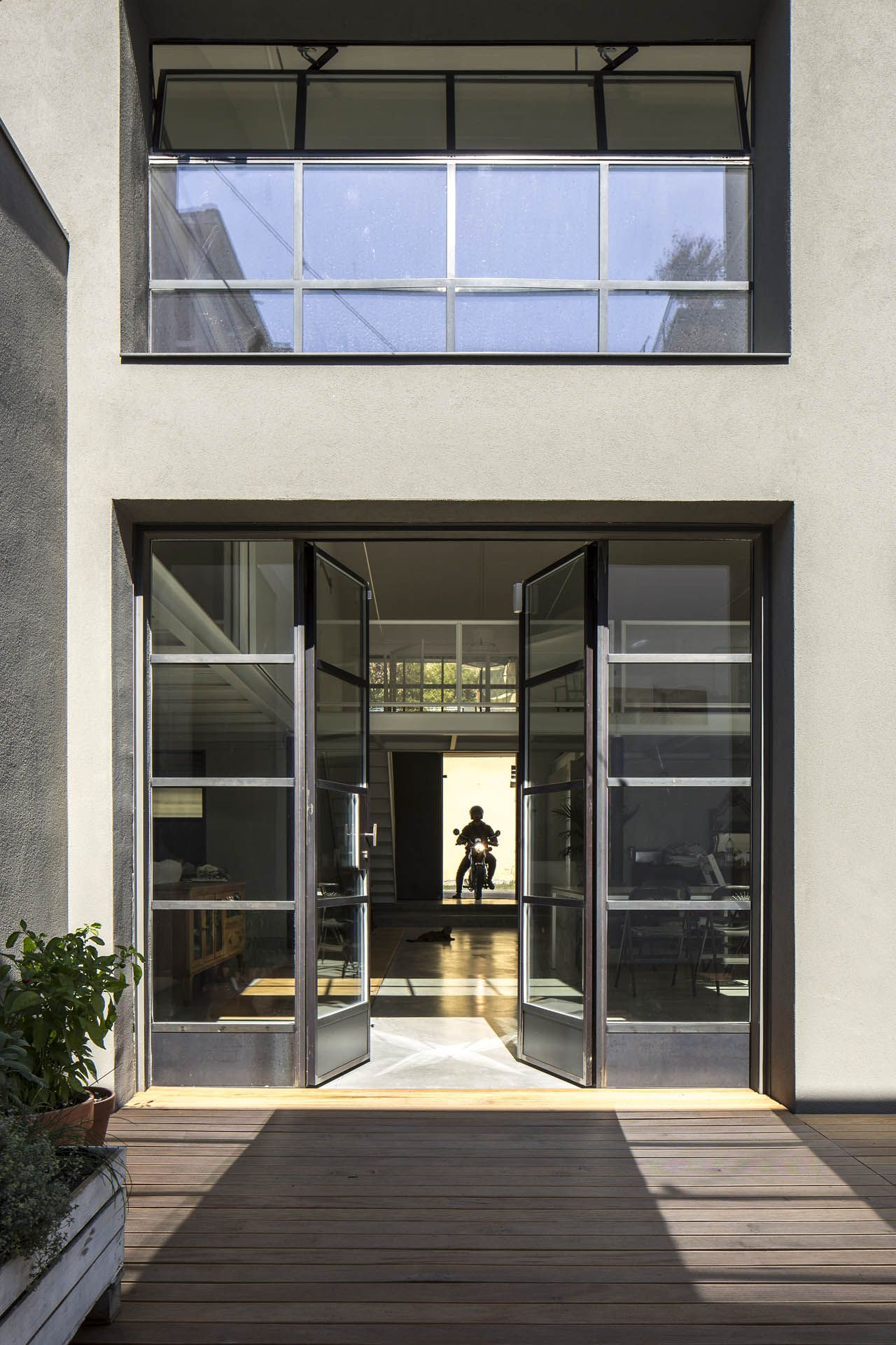 Mogs ferrofinestra architettura design loft bologna for Architettura in stile cottage