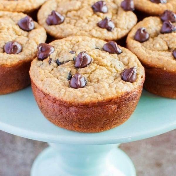 Elvis Presley Cake - Maria's Mixing Bowl #elvispresleycakerecipe