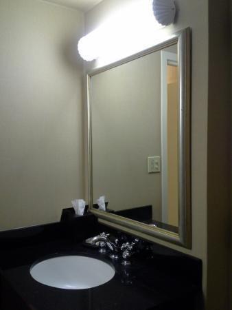 Excellent Fluorescent Bathroom Lighting Fixtures #Badezimmer #Büromöbel  #Couchtisch #Deko Ideen #Gartenmöbel