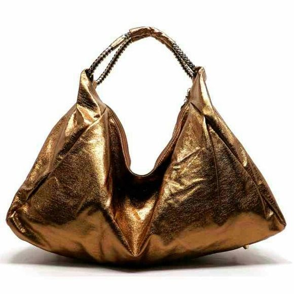 FINAL Reduced ClearancMETALLIC BRONZEHOBO HANDBAG GORGEOUS! METALLIC BRONZE(brown) color SLOUCH  HOBO HANDBAG. DESIGNER STYLE HANDBAG,BACK ZIPPER POCKET,ZIP TOP CLOSURE, GOLD TONE HARDWARE.TOP QUALITY. SIZE IS L20X H11 X W8 (9D). NEW WITH TAGS. Bags