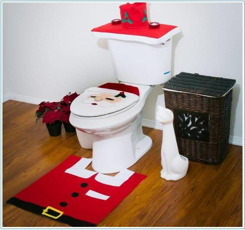 Santa Red Bathroom Rugs Set