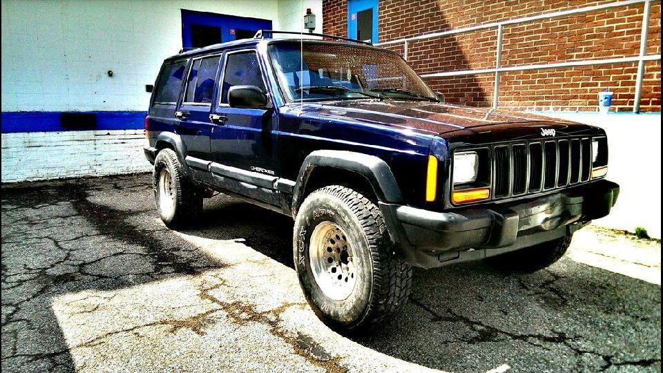 Jeep Cherokee Xj 2 Lift 31x10 50 15 Tires 15x7 Wheels With 3 75
