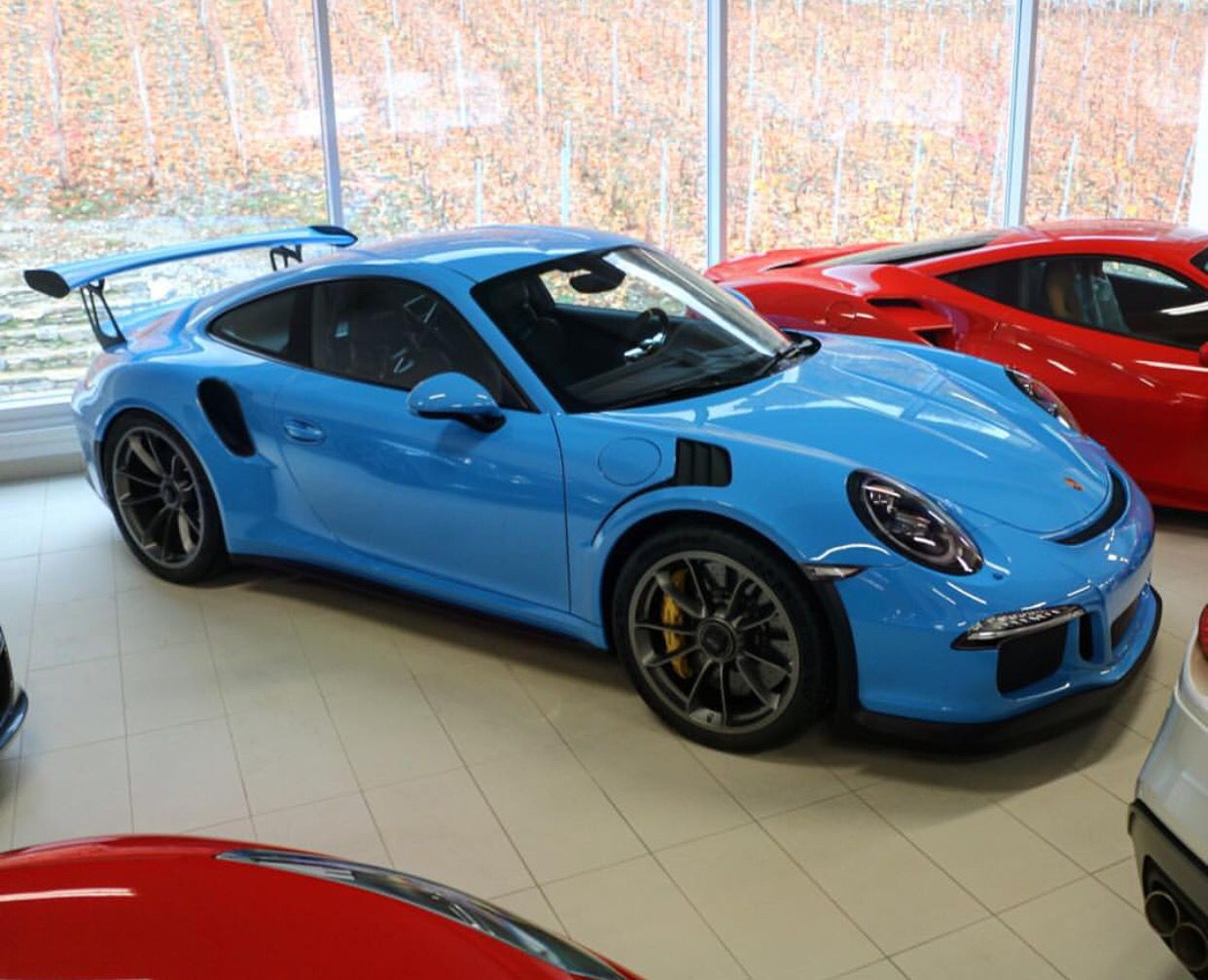 Merveilleux Porsche 991 GT3 RS Painted In Riviera Blue Photo Taken By: @romainantiochus  On Instagram