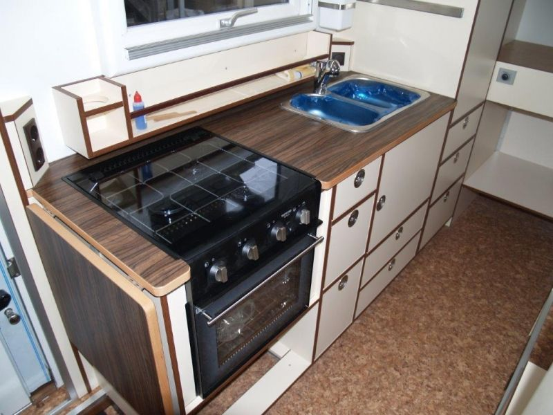 momo mercedes 1017a von manfred karin wohnmobil. Black Bedroom Furniture Sets. Home Design Ideas