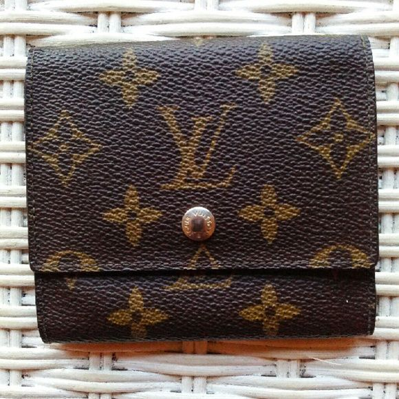 Selling this Louis Vuitton Wallet in my Poshmark closet! My username is: rese713. #shopmycloset #poshmark #fashion #shopping #style #forsale #Louis Vuitton #Handbags