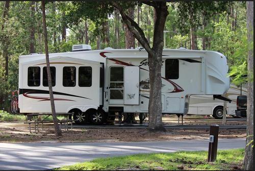 2012 Cedar Creek Silverback for sale by owner on RV Registry http://www.rvregistry.com/used-rv/1014154.htm #snowbirds #fifthwheel #campervan