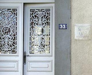 Lace door