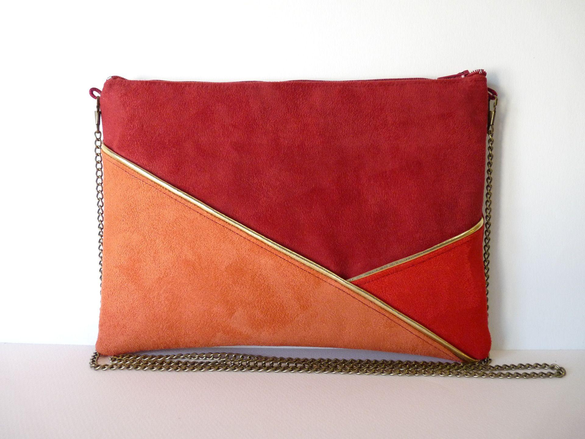 012c8acd478ff Pochette, sac bandoulière graphique rouge, bordeaux et corail : Sacs à main  par thealouise