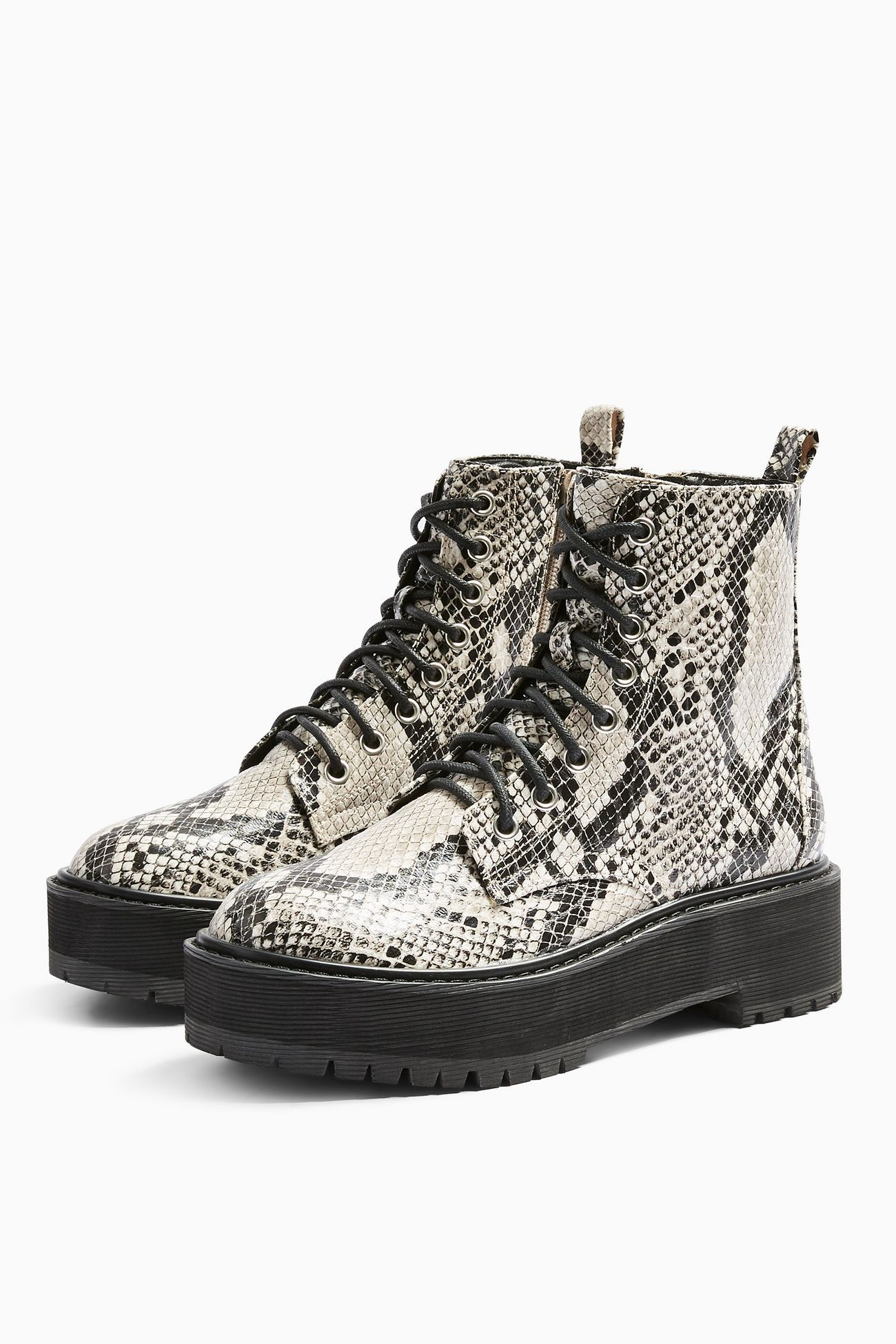 Boots, Lace up boots, Snake shoes outfit