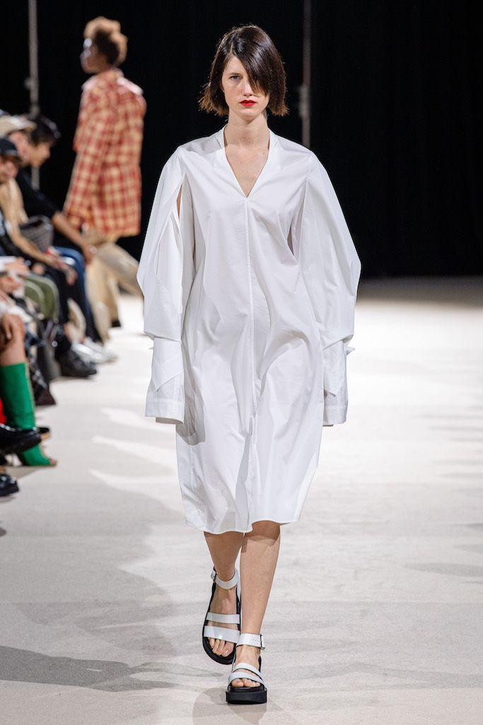 2020春夏プレタポルテコレクション チノ cinoh ランウェイ コレクション ファッションショー vogue japan ファッションアイデア プレタポルテ ファッションショー