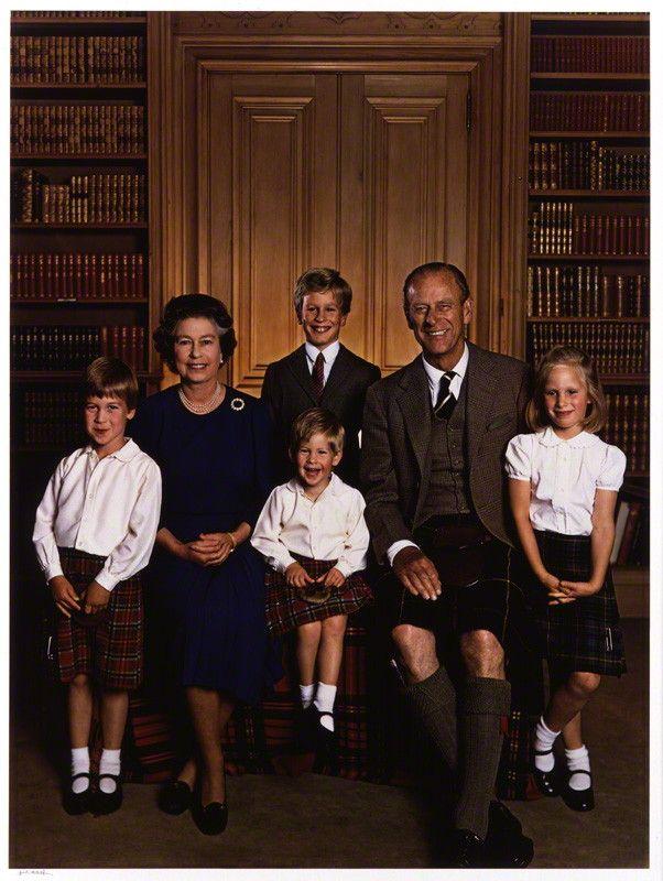 queen elizabeth and her grandchildren
