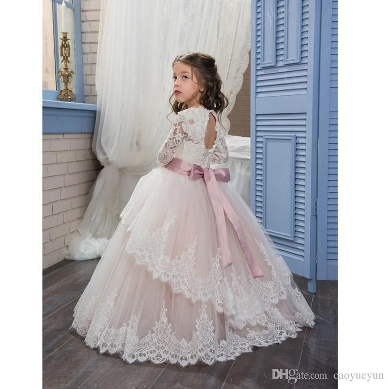 2018 Pageant Dresses For Girls Glitz Long Sleeves Lace Up Ball Gown Appliques Bow Sashes Birthday First Flower Girl D Kleider Fur Madchen Blumen Madchen Kleider