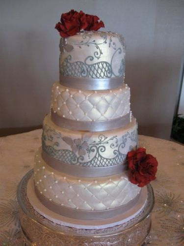 Cakes & Cupcakes | Nashville Wedding Ideas | Nashville Wedding Guide for Brides, Grooms - Ashley's Bride Guide
