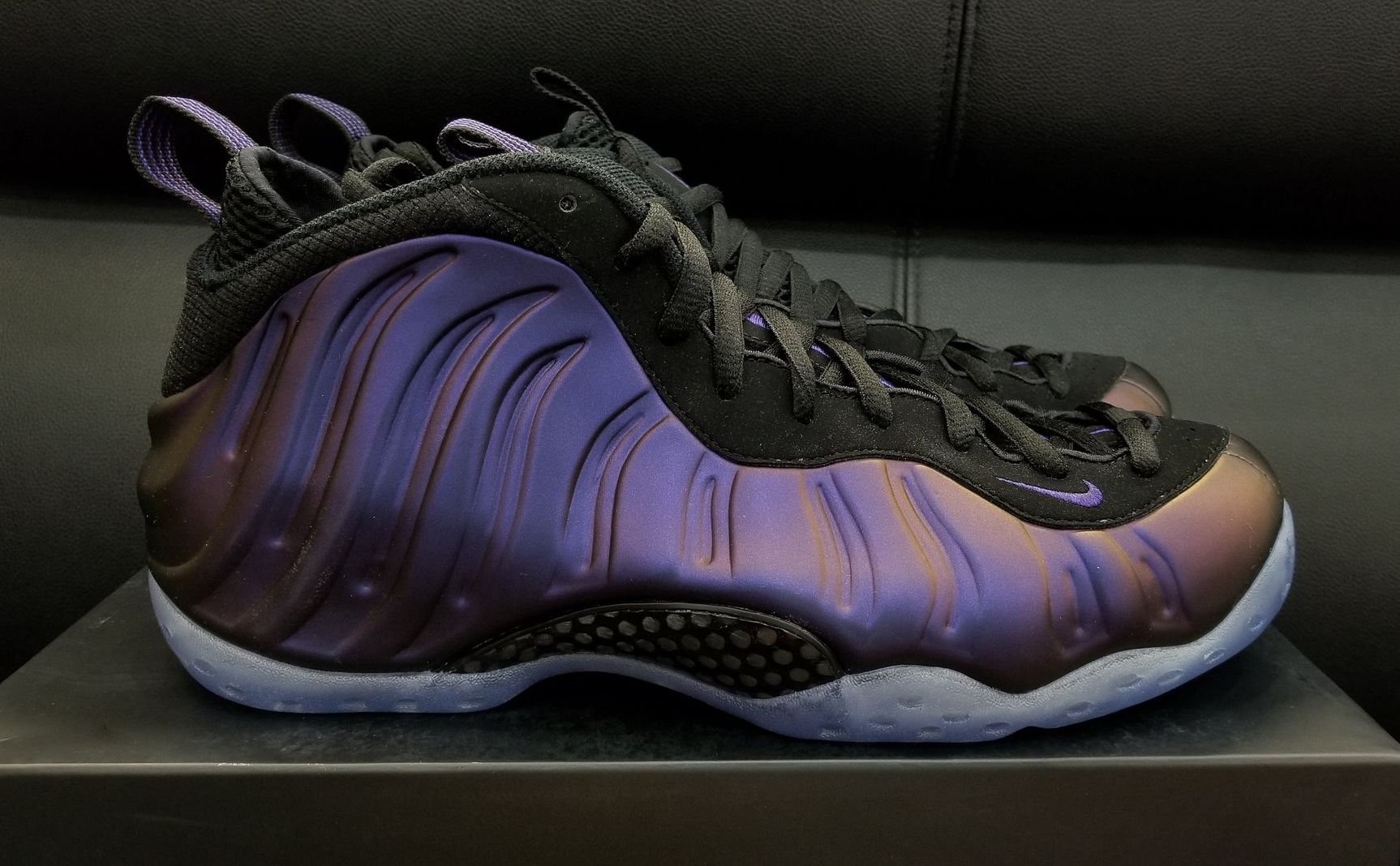 nike eggplant foamposite stephen curry shies