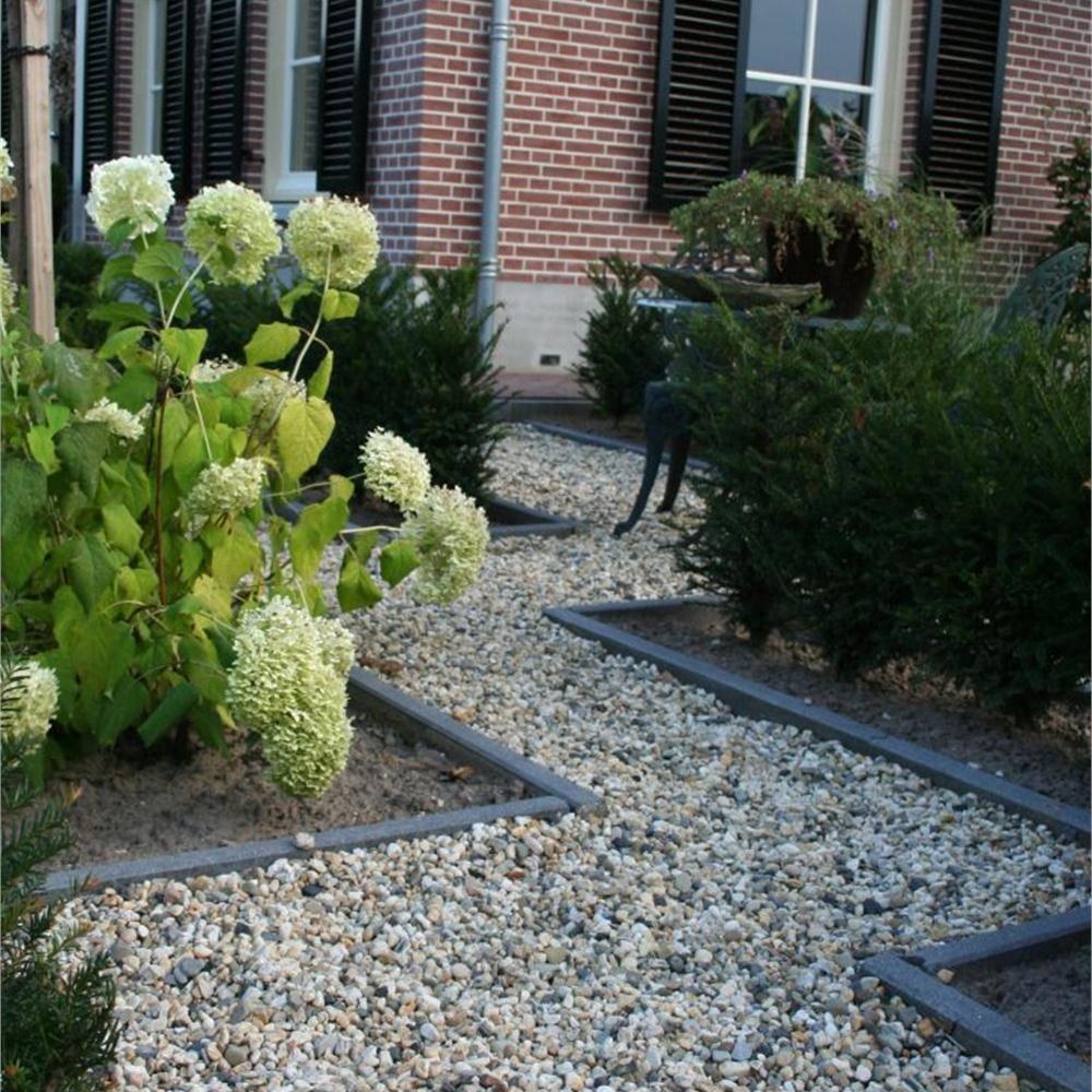 Pin van marion brouwer op tuin pinterest - Tuin decoratie met kiezelstenen ...