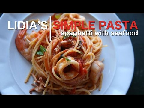 Simple Pastas Spaghetti With Seafood Youtube Easy Pasta
