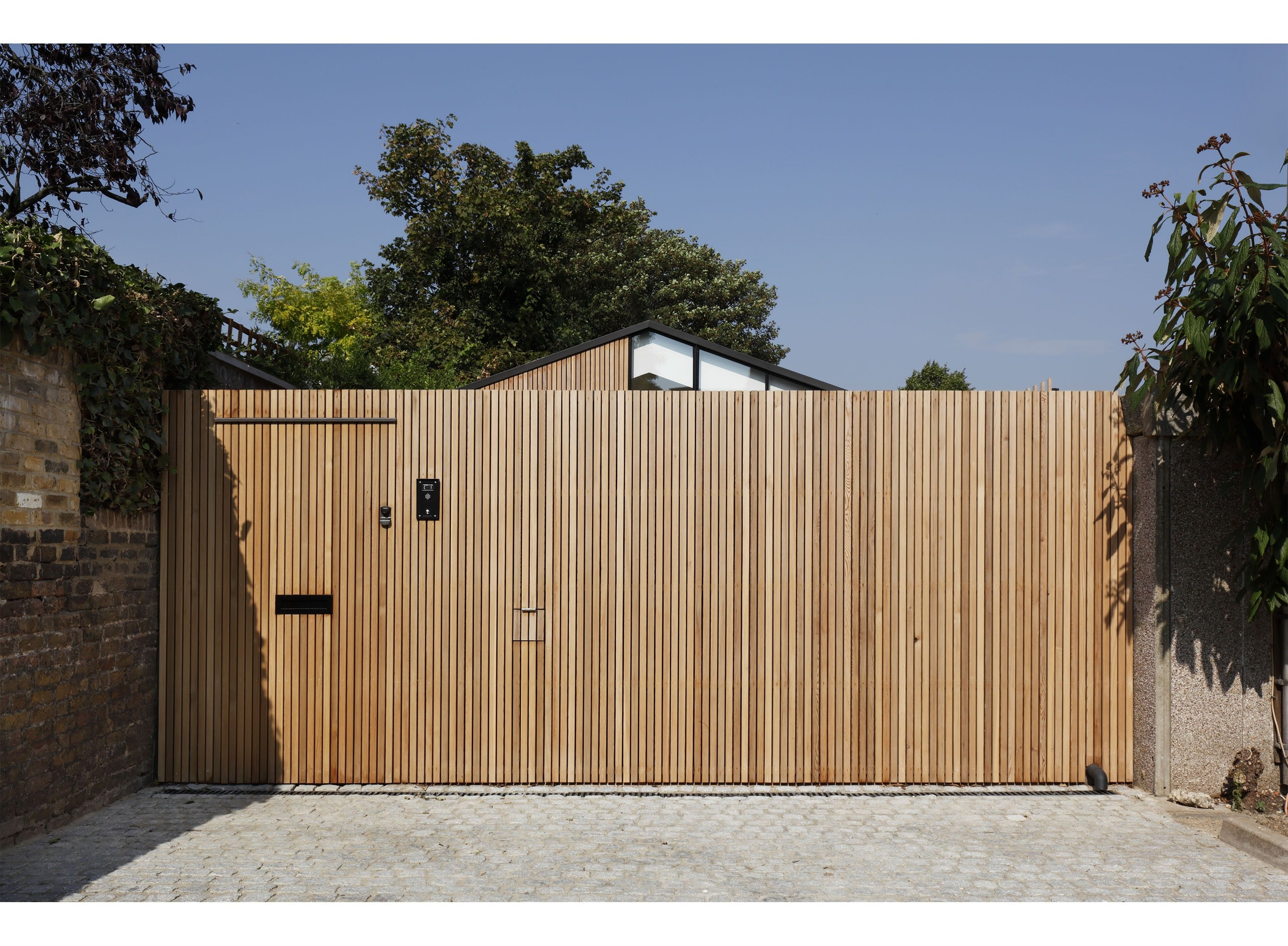 The Courtyard House Modern Home in London, England, United Kingdom by… on Dwell