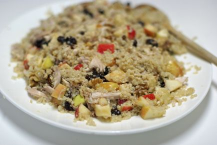 Chicken and quinoa waldorf salad with creamy maple vinaigrette