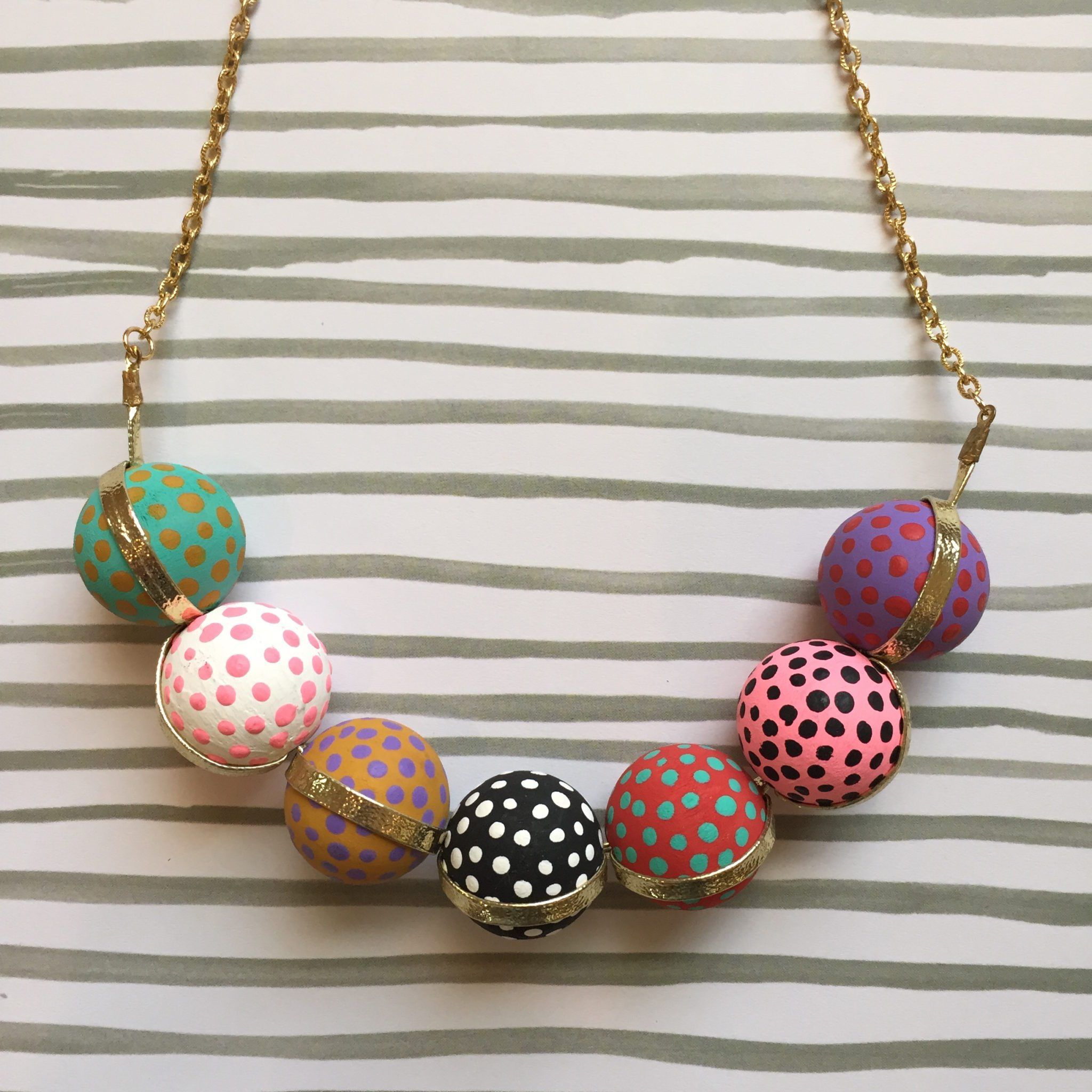5 DIY Trendy Transformations for Wooden Craft Store Beads | Jennifer Perkins #JenniferPerkins #diythiswithjenniferperkins #diy #diyproject #crafts #crafty #CreateEveryday #DoItYourself #RecycledCrafts #upcycle #jewelry #ThatIsCute