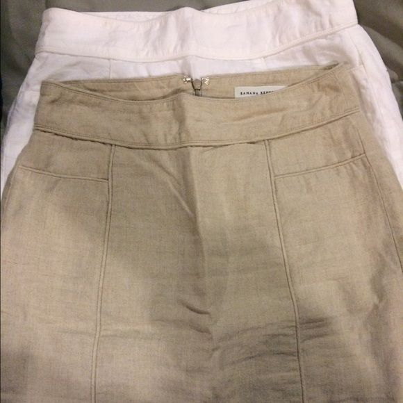 Skirts 100 % linen skirts fitted hit above knee back slit new condition Banana Republic Skirts Pencil
