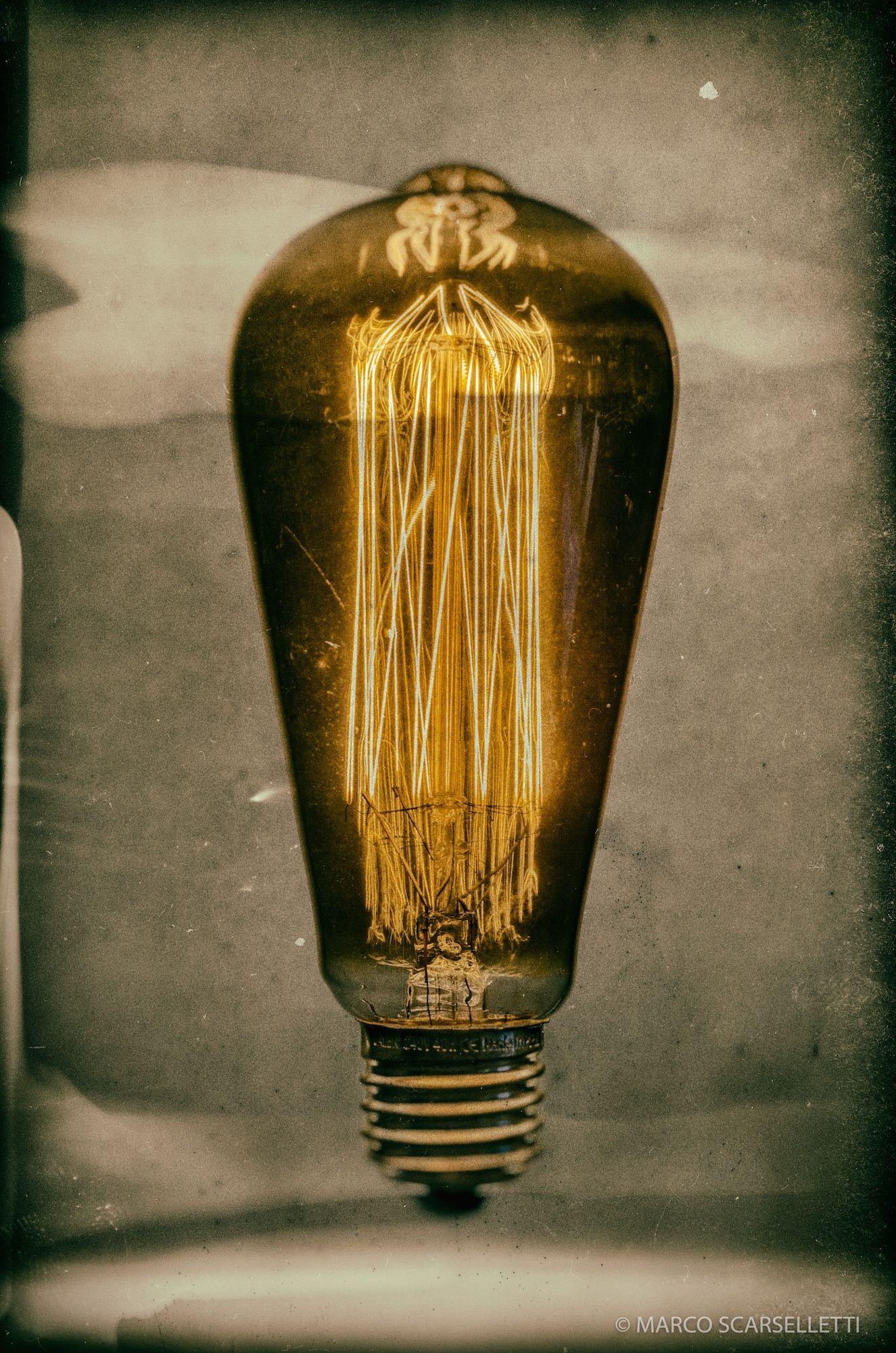Bulb of Mistery