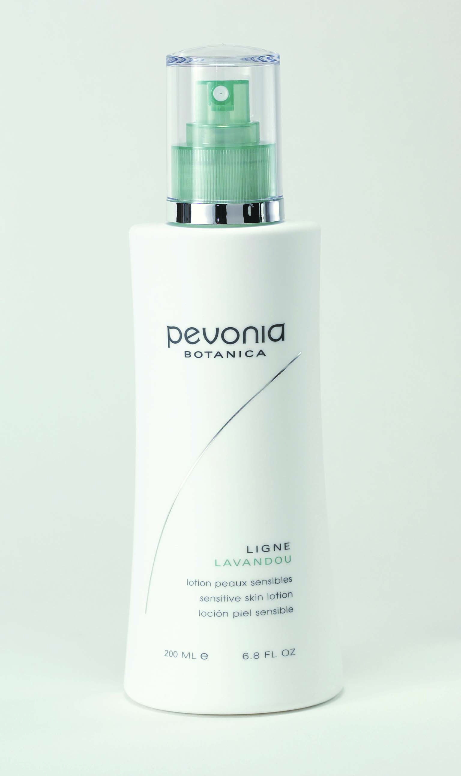 Formulated with natural plant extracts, the Sensitive Skin